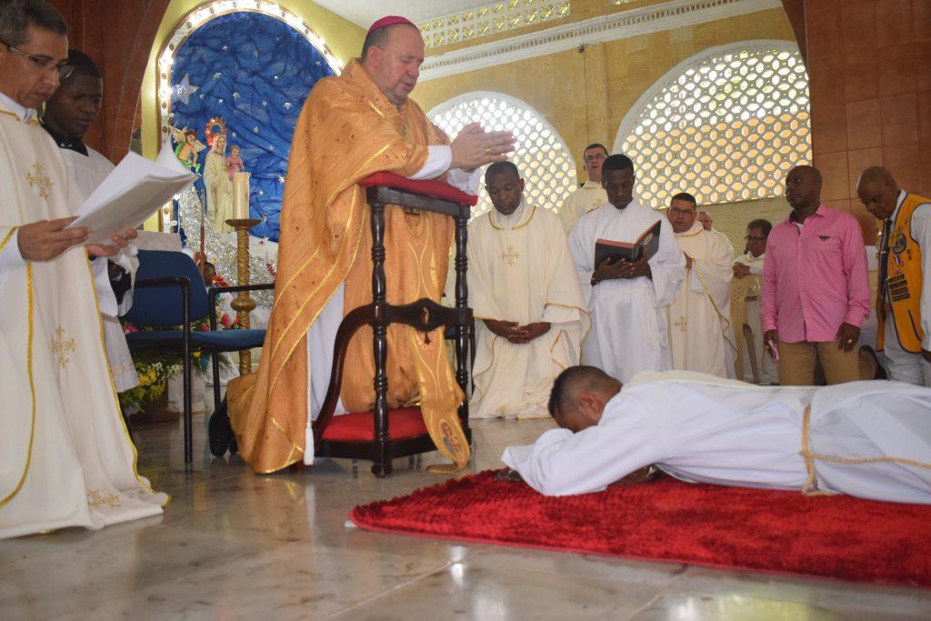 La Diócesis De Istmina – Tadó Consagra Nuevo Sacerdote