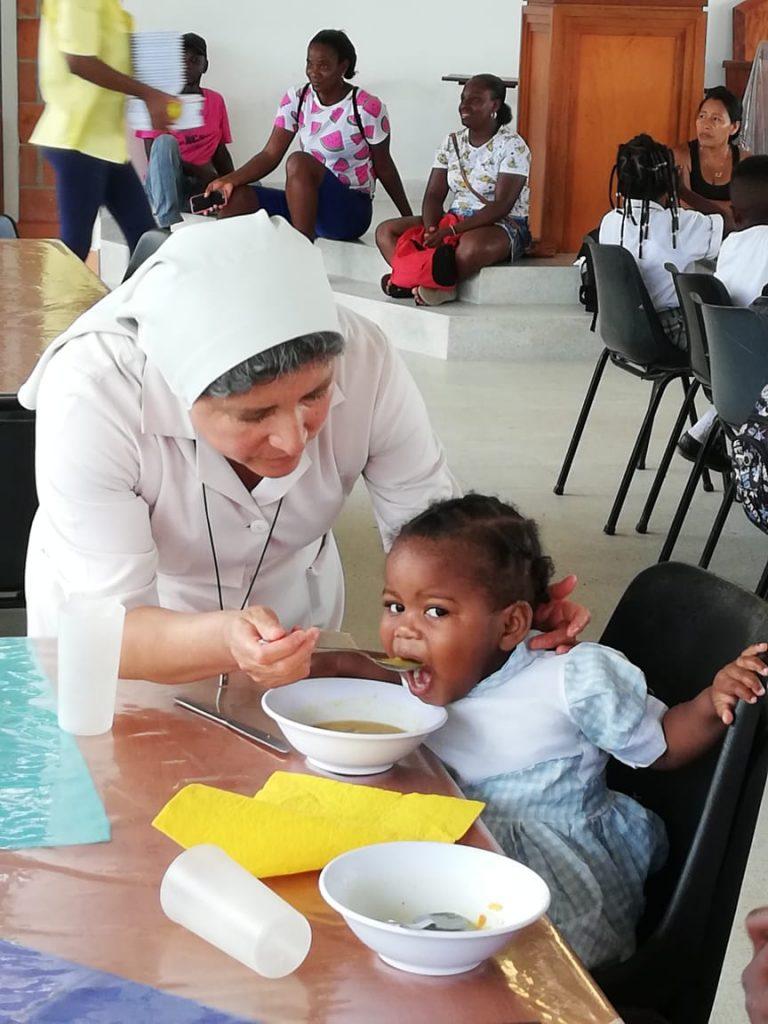 Templo Comedor: Alimento Para 270 Personas Por Día En Istmina